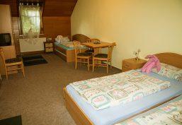 Fünf Gästezimmer für erholsame Übernachtungen