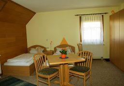 Vermietung von Doppelzimmer im Hotelstandard