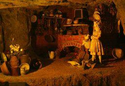 Das Märchen von Goldmarie und Pechmarie (Frau Holle)