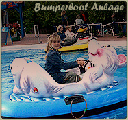 Im Minifreizeitpark von Walldorf auf der Bumperboot Anlage in der Freizeit zum Kapit�n werden